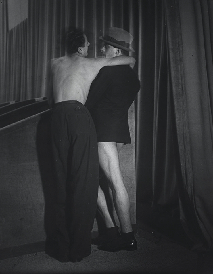 One suit, two men. Brassai, journal of wild culture ©2021