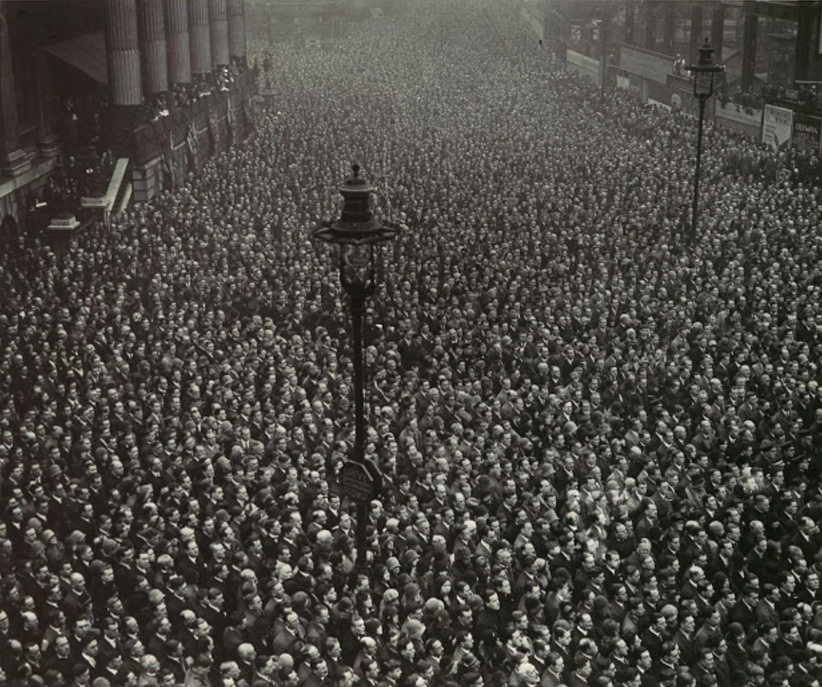 2 minute silence, Nov 11, 1918, London, journal of wild culture, ©2020.jpg