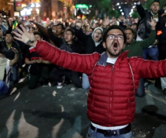 Morales resigns, Bolivian protesters celebrate, journal of wild culture, ©2020